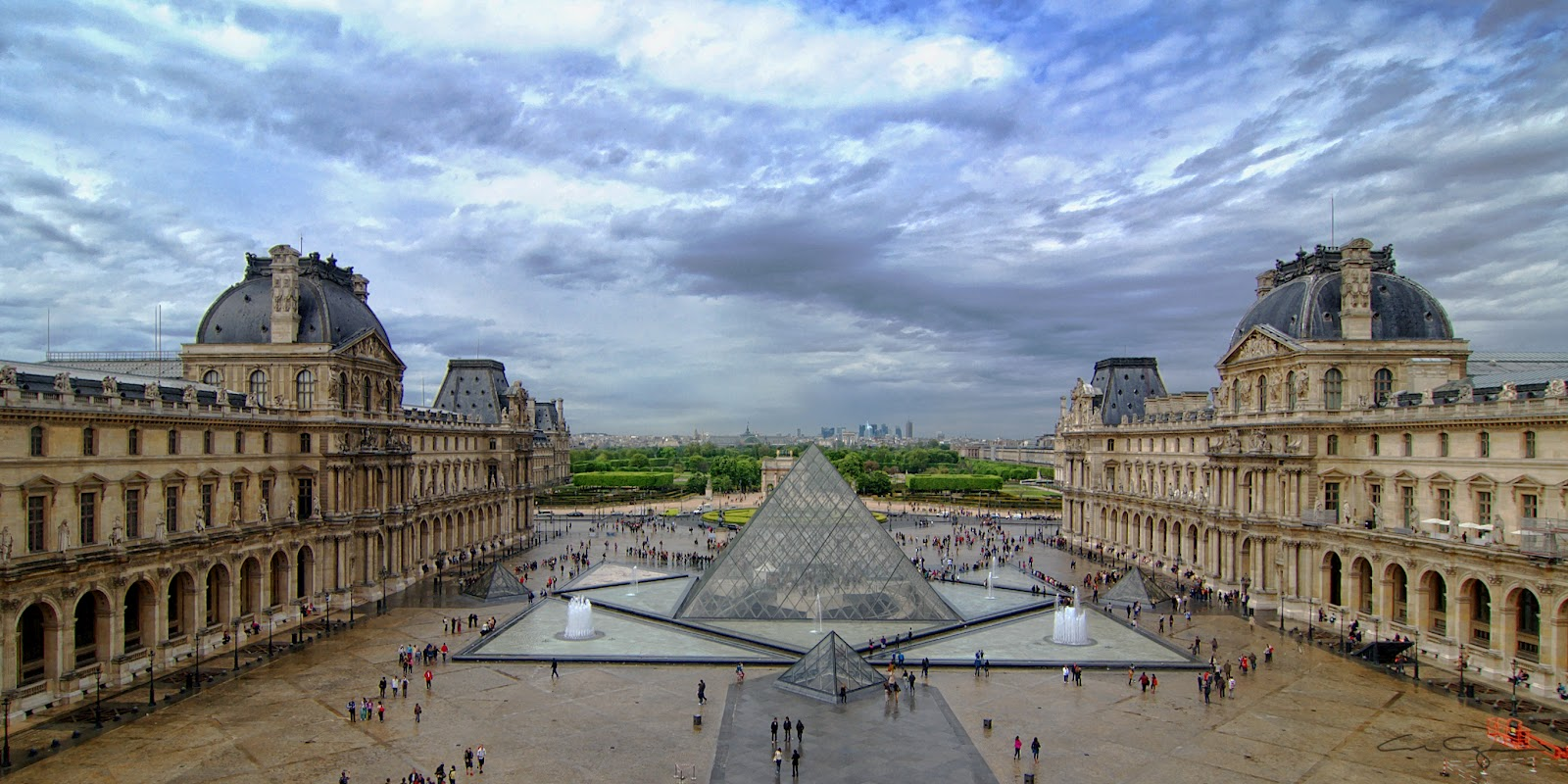 louvre_museum.freeminds