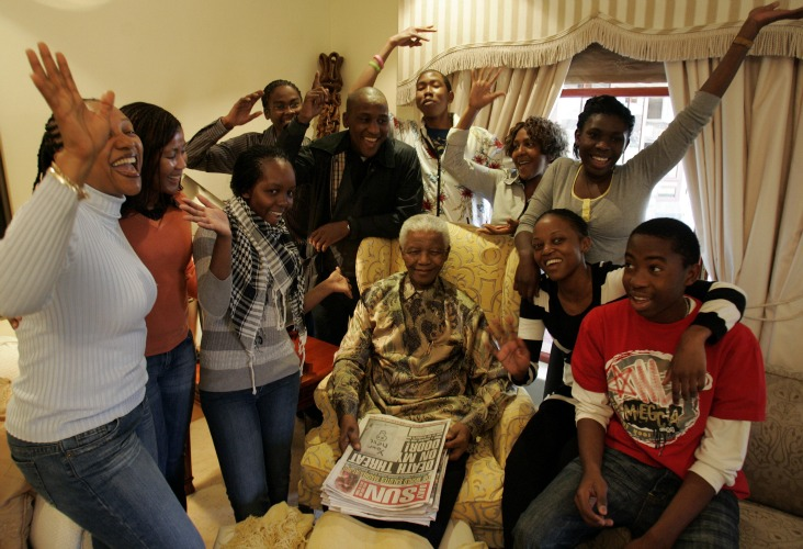 Nelson-Mandela-Family-freeminds