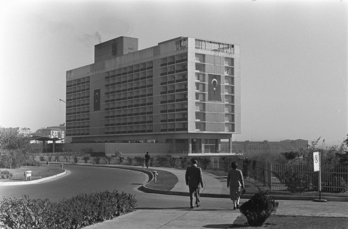HiltonIstanbul,1959.freeminds.gr
