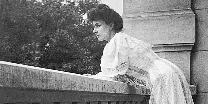 Πρόσωπα: Πηνελόπη Δέλτα, 79 χρόνια από τον θάνατό της