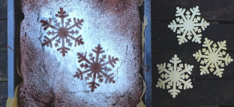 Χριστουγεννιάτικα χιονισμένα brownies